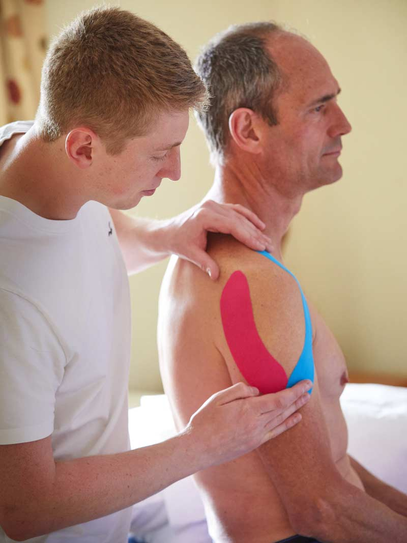 Doug Purves Osteopath treating a client with sports injury